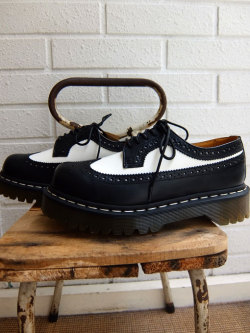 Dr. Martens 3989 BROGUE SHOE  3989 ブローグ シューズ