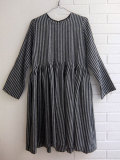 LE VESTIAIRE DE JEANNE LE VESTIAIRE DE CLE VDJ, Uniform pleated dress long sleeves, dark stripes linen