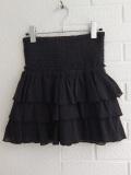 パリジェンヌに人気のフレンチカジュアルブランド soeur  ティアードフレアスカート