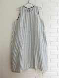 LE VESTIAIRE DE JEANNE Uniform Flared dress, sleeveless,light stripes linen ストライプノースリーブフレアワンピース
