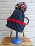 イタリア老舗帽子ブランド GREVI グレヴィ マルチポンポンケーブル編みニットキャップ