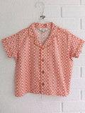英国ブランド ロンドンブランド CARAMEL  キャラメル Lago Shirt, Kaleido Red プリントボクシーシャツ