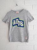 AO76 アメリカンアウトフィッターズ ボーイズ ロゴTシャツ