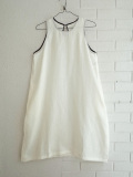 Le vestiaire de jeanne VDJ Flared dress, sleeveless, round neck, in linen  リネンノースリーブワンピース