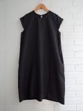le vestiaire de jeanne Uniform flared dress, short sleeves, black linen リネンフレンチスリーブワンピース
