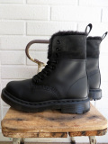 Dr. Martens ドクターマーチン WINTER GRIP 1460 8ホール KOLBERT  BLACK SNOW PLOW WP & WAXY WATERPROOF
