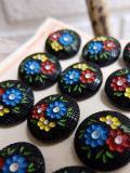 パリ蚤の市 クリニャンクールのデッドストックアクセサリー 黒ガラス手塗りボタン