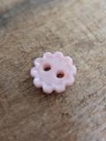 パリ蚤の市 クリニャンクールのデッドストックアクセサリー プラスティックお花ボタン
