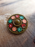 パリ蚤の市 クリニャンクールのデッドストックアクセサリー 手塗りお花ボタン