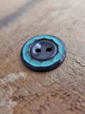 パリ蚤の市 クリニャンクールのデッドストックアクセサリー プラスティックバイカラーボタン