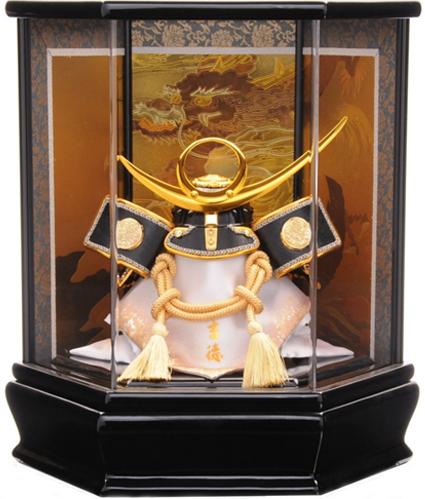【五月人形】吉徳大光作 「上杉謙信兜」アクリルケース飾り(538-707)