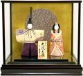 【雛人形】 久月監修 真多呂作「光悦」木目込み 立雛 ケース親王飾り(99236)