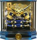 【五月人形】久月作 家紋「伊達兜」アクリル パノラマケース飾り(K512111)
