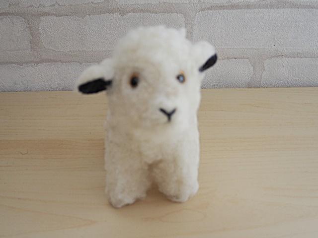 COLDBREAKER/コールドブレーカー/Sheep Mini/フワフワ新毛ウール100%のヒツジのぬいぐるみ ミニサイズ/ホワイト