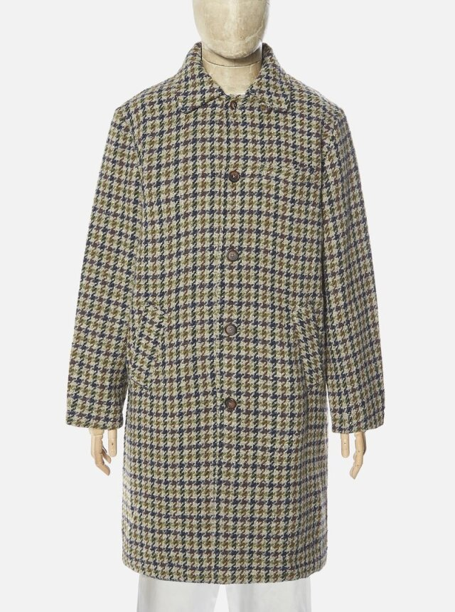 Universal Works ユニバーサルワークス Overcoat In Olive Recycled Tweed