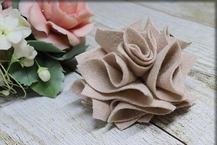立体的なバラ