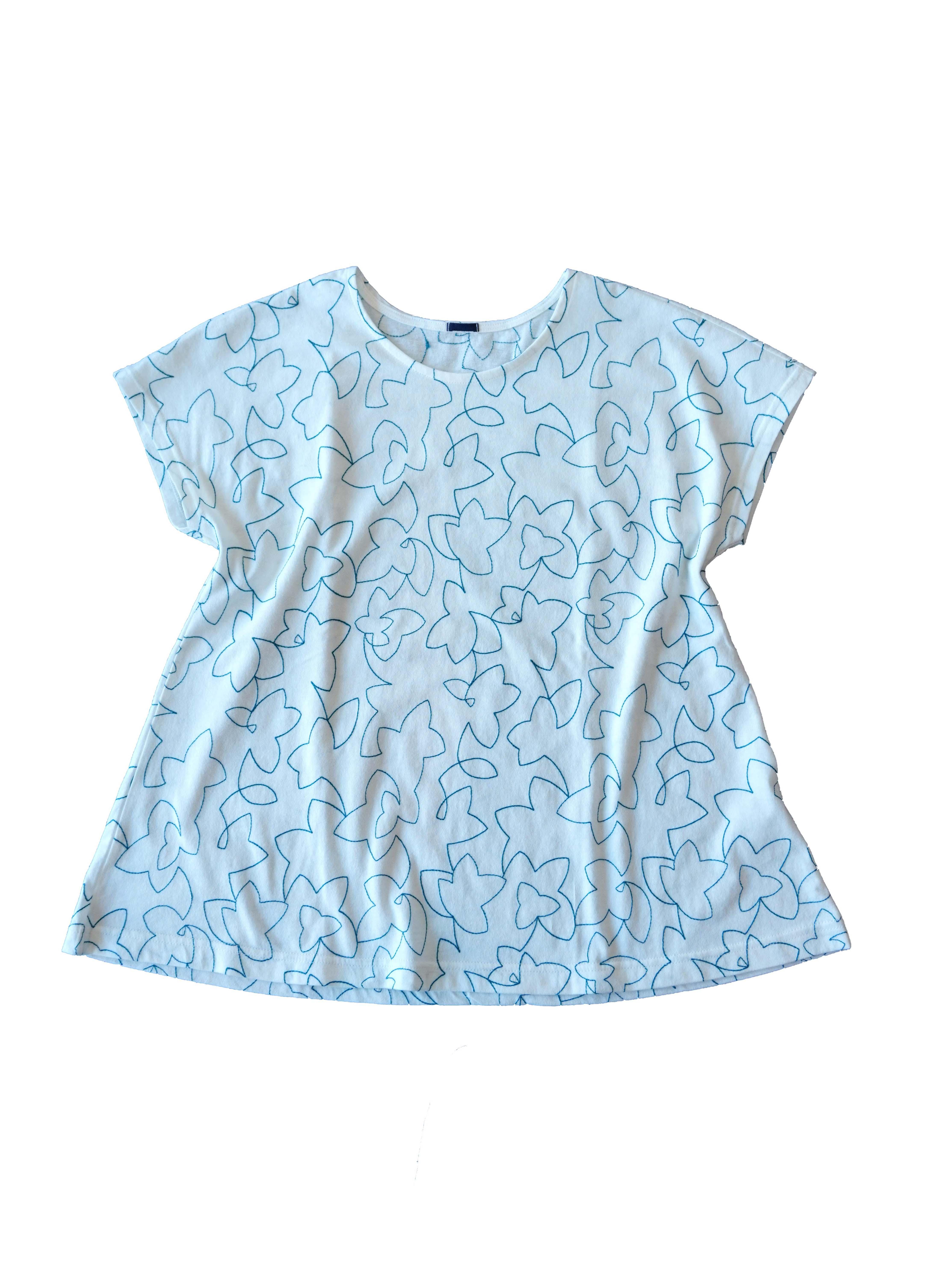 30/天竺白八汐柄刺繍フレアーTシャツ