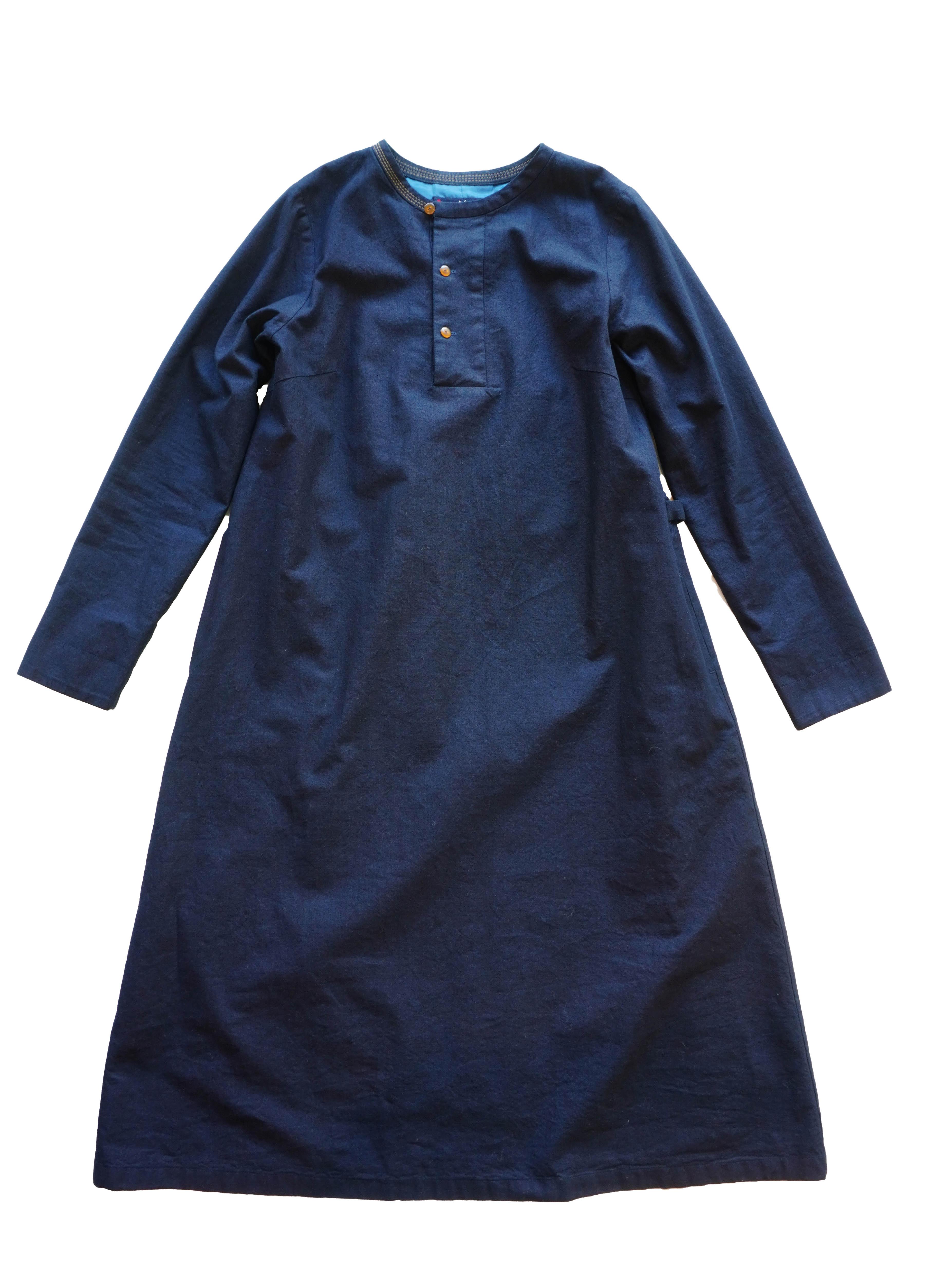 インディゴ平織りクルー衿ワンピース