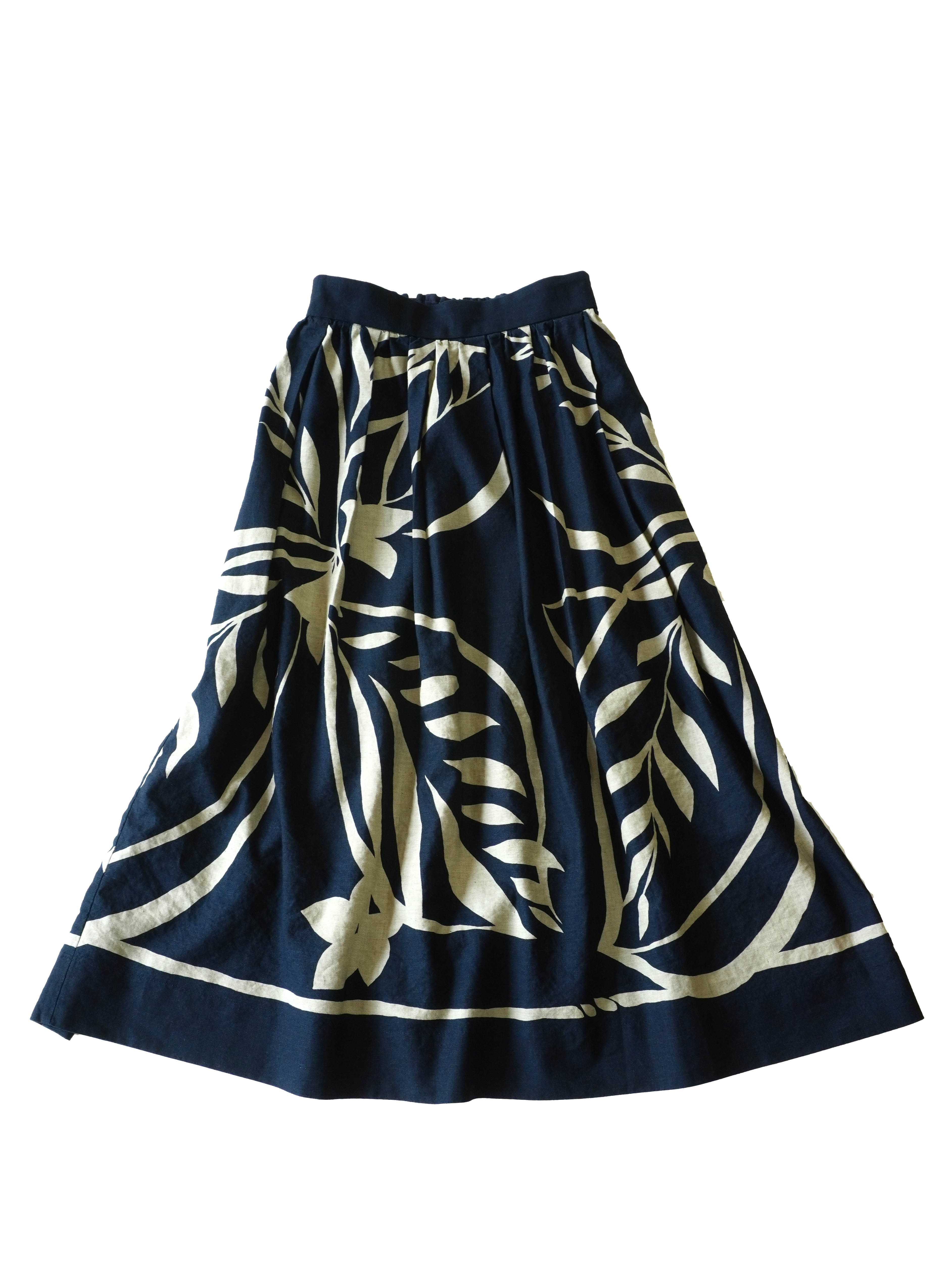 インディゴコットンリネン藍の葉柄タックギャザースカート