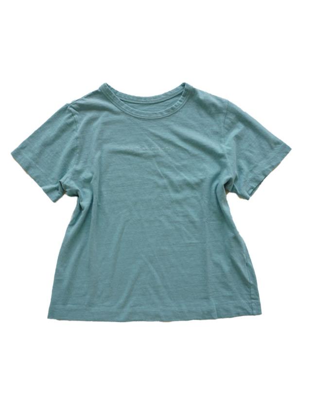 ラフィ天竺製品染ロゴ刺繍Tシャツ