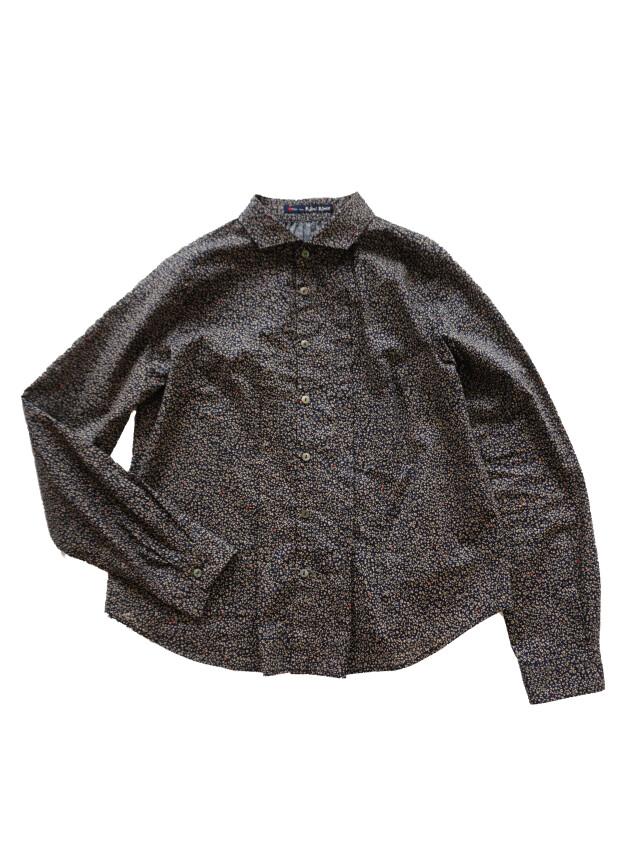 ローンやどりぎ柄ウィング衿タックシャツ
