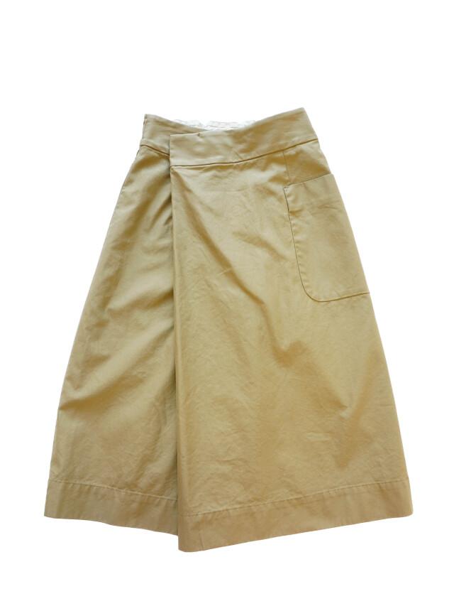 コーマバックウェポンラップスカート
