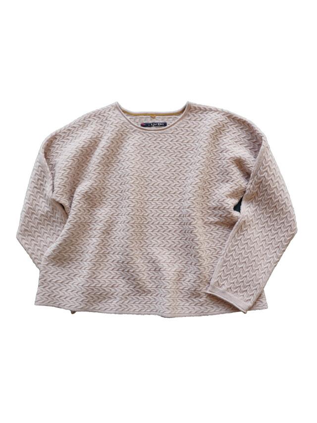 メリノウールケーブル編みプルオーバー
