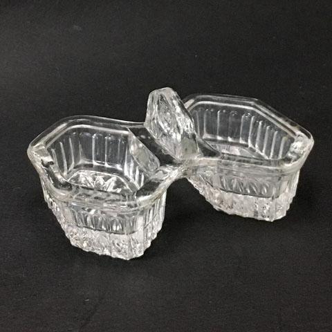 フランスブロカント ガラス調味料入れ(六角型)