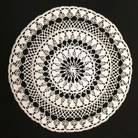 手編みレース 円形 テーブルクロス