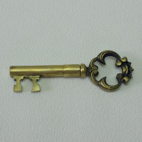 フランス ブロカント 鍵形ワイン栓抜き (真鍮)