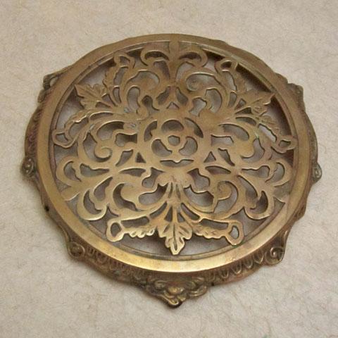 フランスブロカント 真鍮 鍋敷き(1930年代)