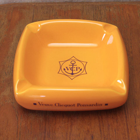 Veuve Clicquot  ヴーヴ・クリコ 灰皿
