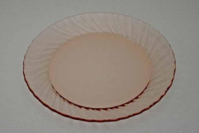 フランス製 arcoroc ディナー皿(ピンク)