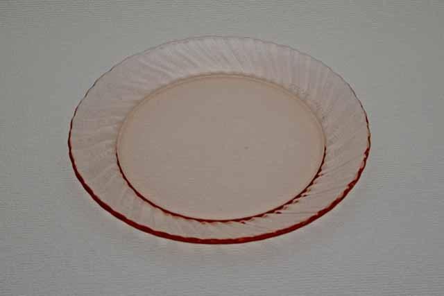 フランス製 arcoroc デザート皿(ピンク)