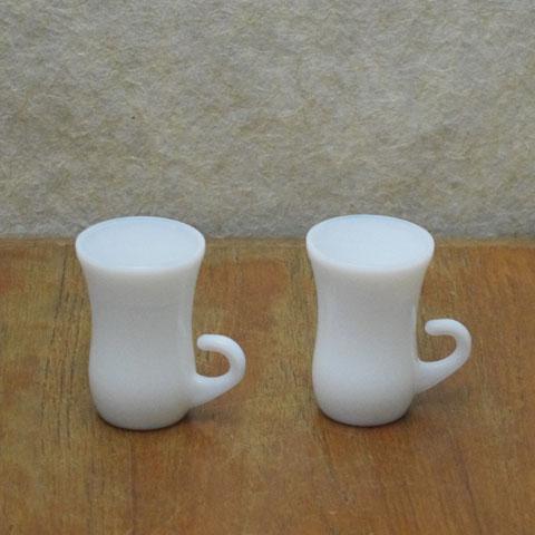 フランスブロカント  ミルクガラス   ミニカップ (2個セット)