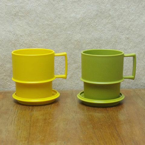 ヴィンテージ  タッパーウェア  コースター付きマグカップ(2色)