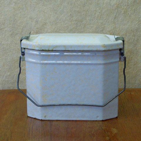 フランスブロカント ホウロウ製 お弁当箱(ホワイト)