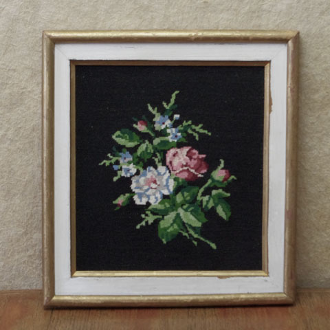 白とピンク花束 刺繍 (クロスステッチ)額入り