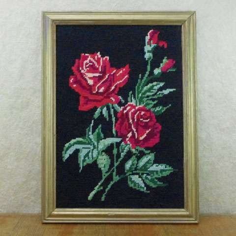 赤いバラ 刺繍 (クロスステッチ)額入り#2