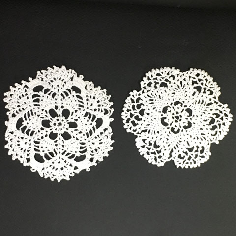 手編みレース 円形ドイリー 2枚セット #1
