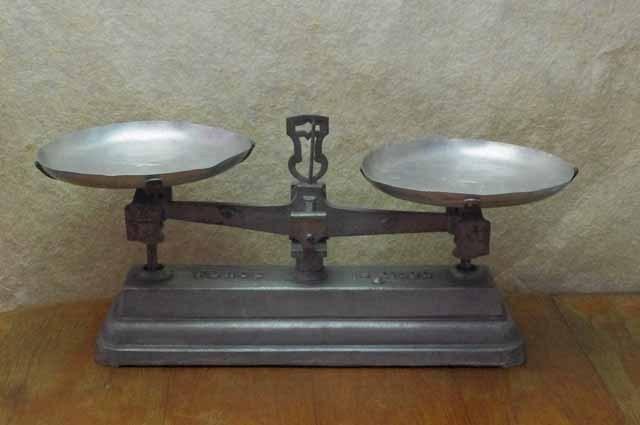 フランスブロカント 天秤(10kg)
