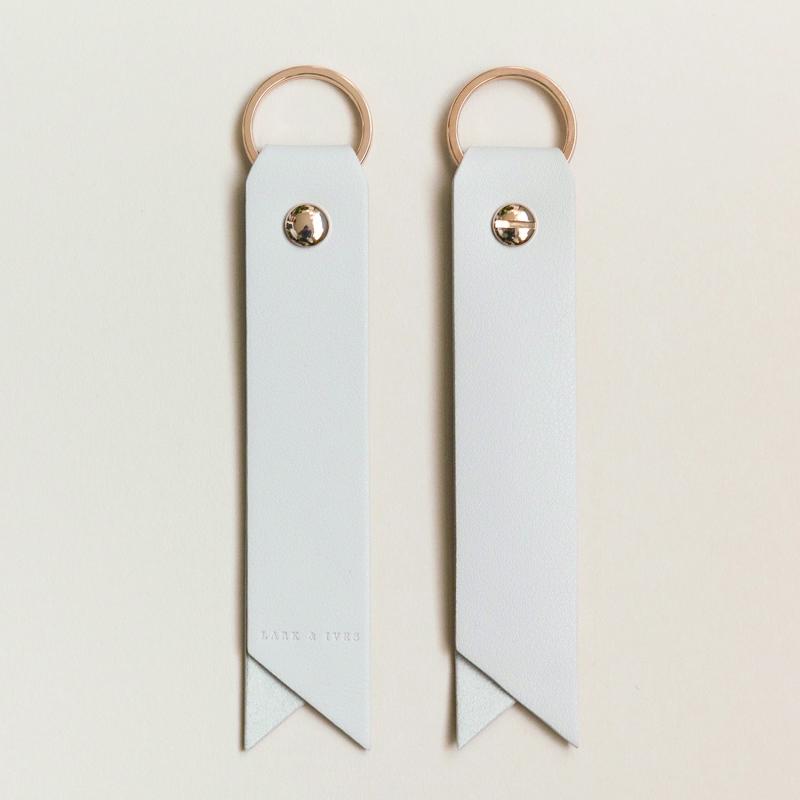 ラークアンドアイブス/キーホルダー/Key Holder Latte