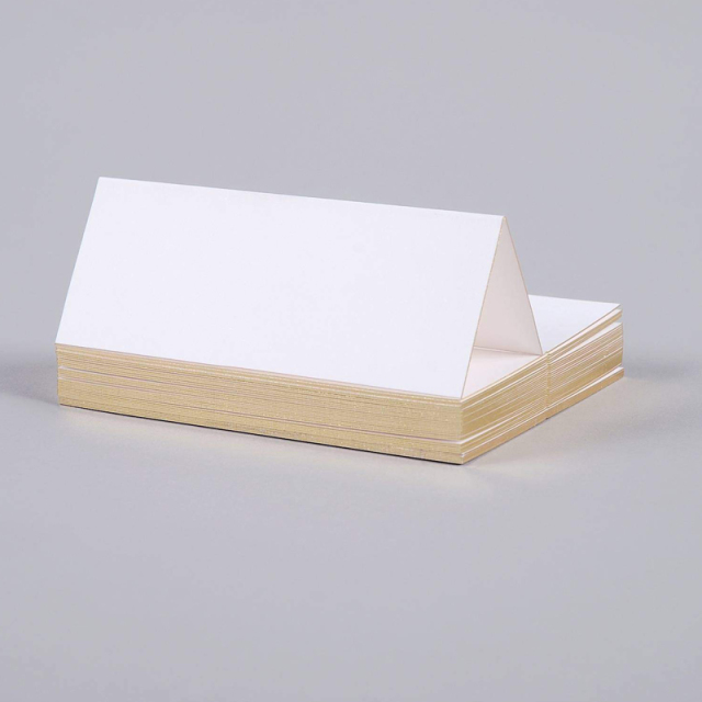 Mount Street Printers/プレイスカード/Gilt Edge Gold Tented Place Cards