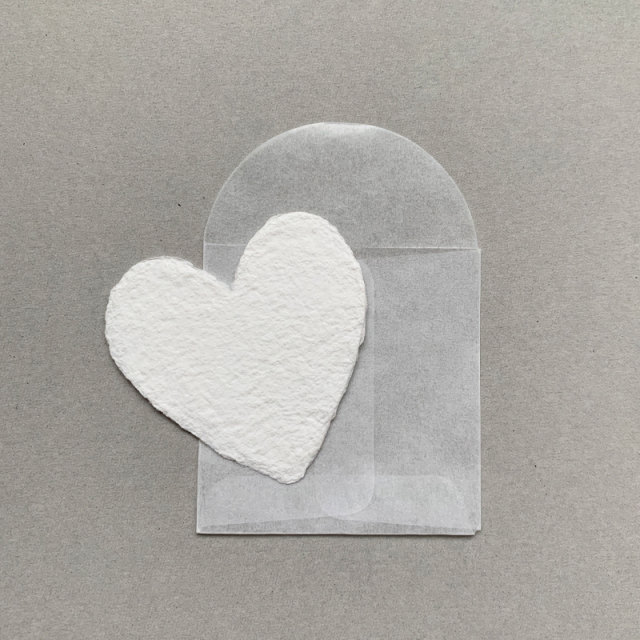 OBLATION/ミニカード/6 Petite White Hearts With 6 Glassine Envelopes