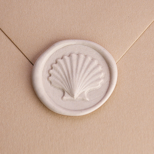 Raleigh Paper/シーリングスタンプ&ワックス/ Wax Stamp - Seashell/Ivory