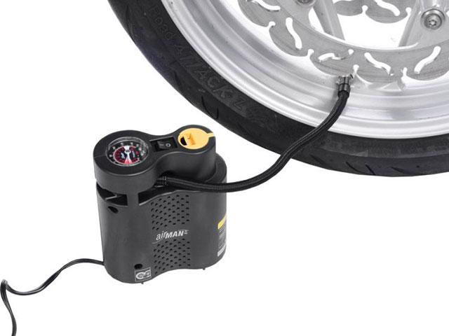 12Vエアコンプレッサー(10気圧ゲージ)