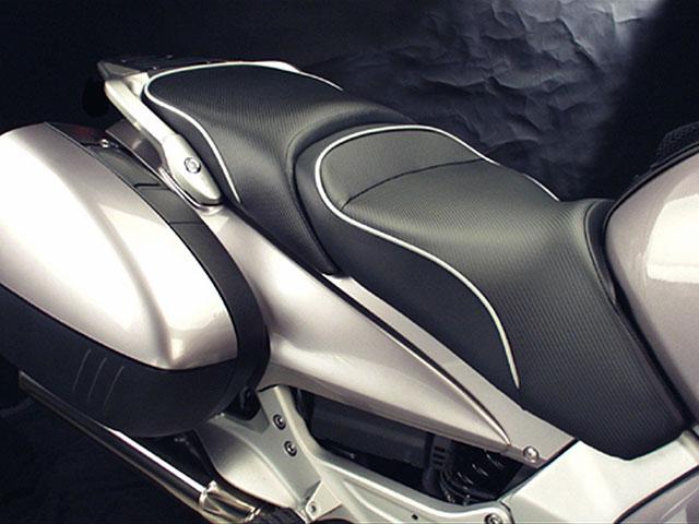 Sargent ワールドスポーツパフォーマンスシート Honda ST1300