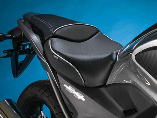Sargent ワールドスポーツパフォーマンスプラスシート Honda NC700X EUレギュラーフロントシート&リアシートカバー パイピング:カスタム