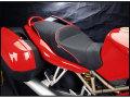 Sargent シート Ducati ST2 / ST3 /ST4 / ST4S パイピング:レッド