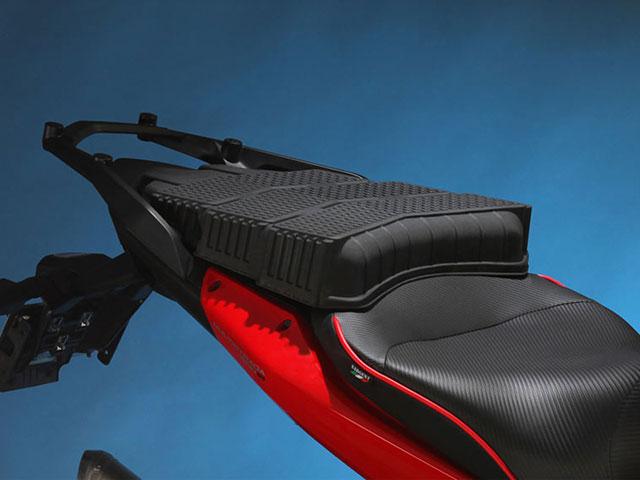 Sargent シート Ducati Multistrada 1200 リアキャリアタイプ
